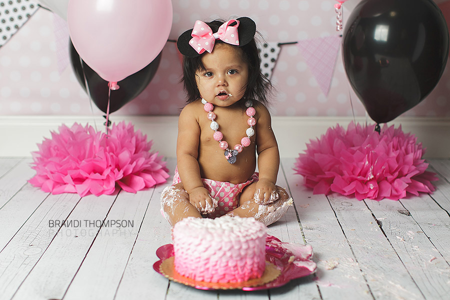 plano cake smash, minnie mouse cake smash, plano baby photographer